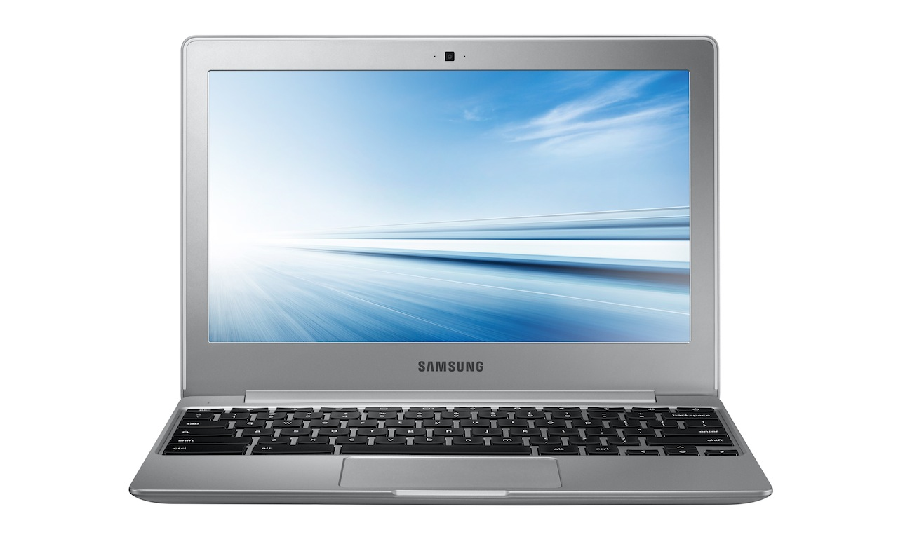 XE500C12-13_001_Front-Open_Silver