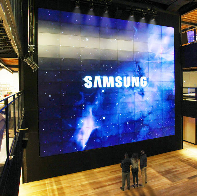 3056708-inline-i-1-str-samsung-is-opening-a-massive-flagship-store-that-doesnt-sell-anything
